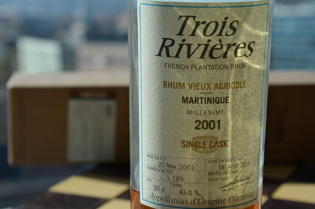 Trois Rivieres Millesime 2001 label