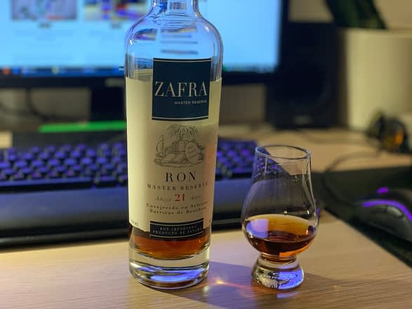 Zafra_21_bottle